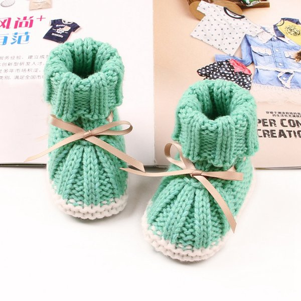 Bebê recém-nascido Da Menina Sapatos Não-Deslizamento Unisex Inverno Quente Baby Booties Sola Macia Infantil Criança Calçados de Inverno Botas De Malha