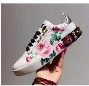 New Leather Flats Designer Sneakers Women Classic Casual Luxury Franch Rose Shoes Extremely Walking Runnig Durable Chaussures mt02