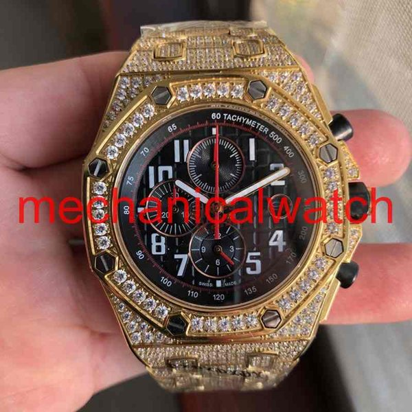 Top New Luxury Watch Multifunctional Battery Quartz Chronograph Full Diamond Stainless Steel Sapphire Wristwatch Mens iced out Watches.