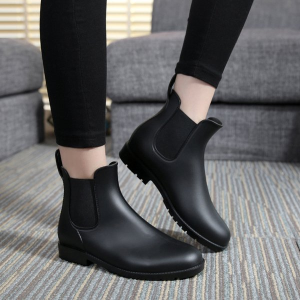 Botas de lluvia de moda para mujer Zapatos de lluvia de tubo corto para mujer Calzado de cintura baja para mujer Zapatos de PVC de goma impermeables