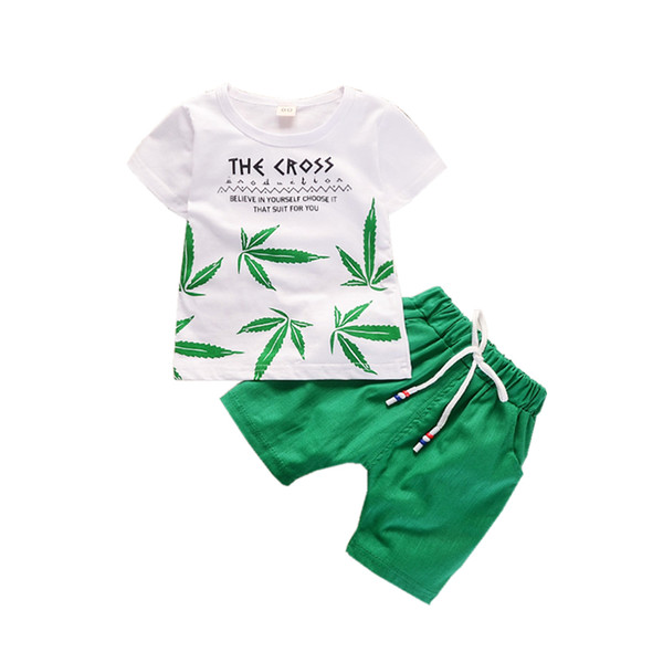 Yaz Çocuk Erkek Kız Giyim Setleri Çocuklar Yaprak T-Shirt Şort 2 Adet / takım Toddler Eğlence Spor Takım Elbise Bebek Pamuk Eşofman