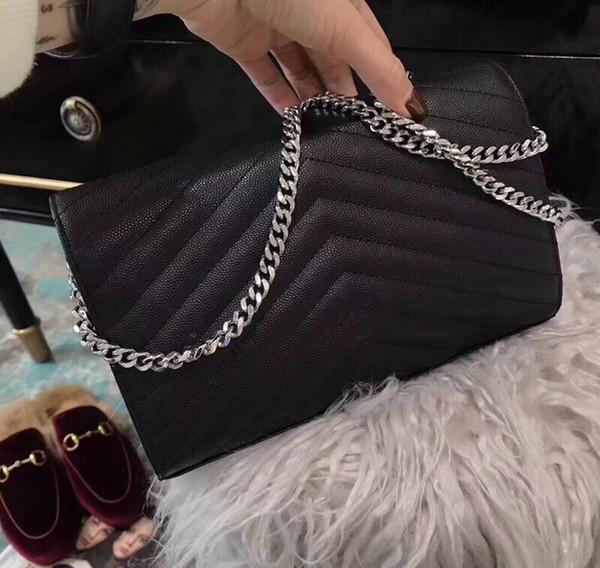 Siyah havyar gümüş zinciri