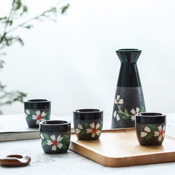 200ML style japonais de fleurs de cerisier Sake Bouteille Pot FLAGON Coupes d'alcool Set 5 PCS Céramique Flasque Tasse de vin