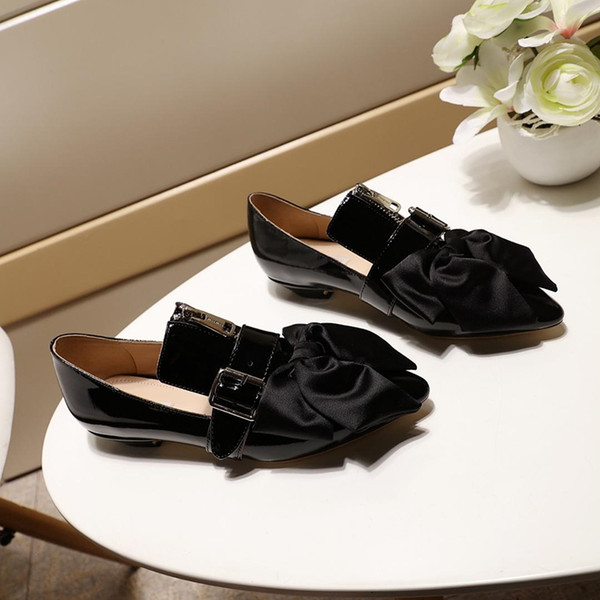 2019ss new luxury women's Dress Shoes england london style low heel Silk bow Stainless Material Opening Hardware zipper Heel height 2.5cm