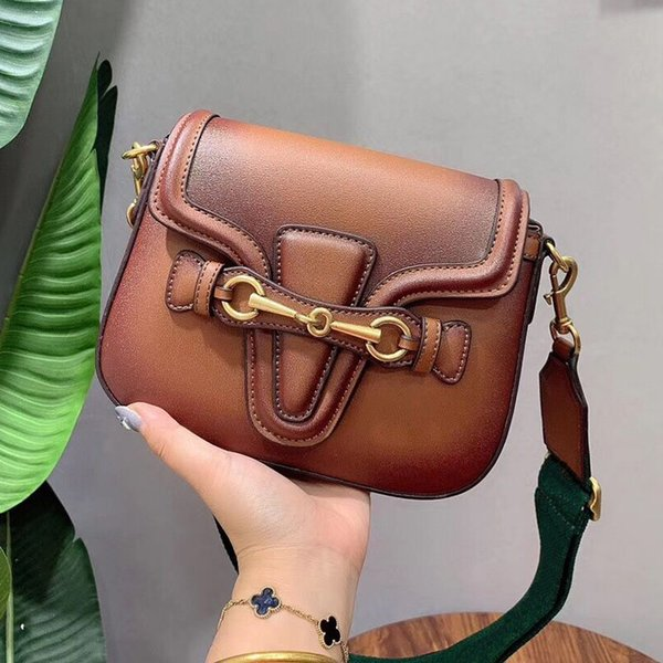 best selling 21 26cm Classic Vintage saddle bag designer crossbody bag Presbyopic package designer luxury handbags purses flap bags single messenger bags