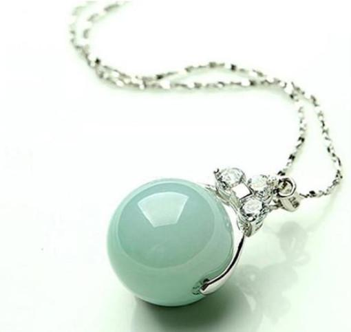 Jadeite pendant natural genuine ice a cargo light green jade pendant transfer Zhuluotong 925 silver clavicle necklace top
