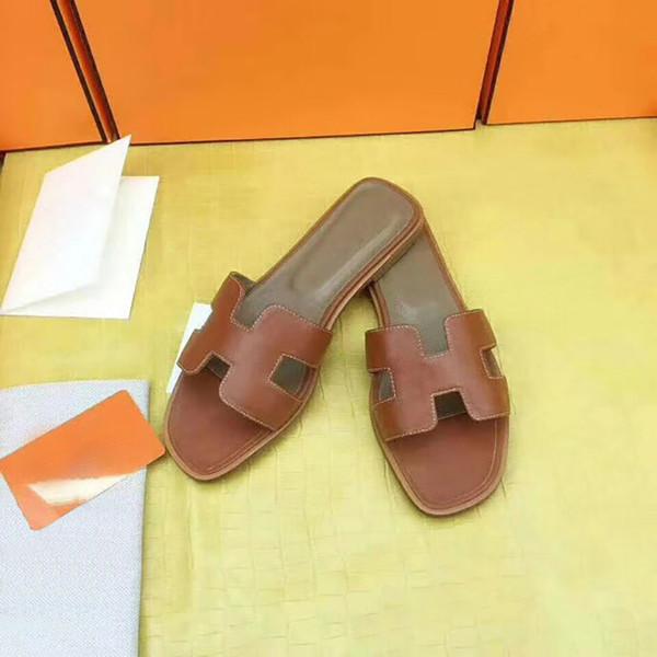 Zapatillas de lujo de las mujeres planas zapatos al aire libre de cuero genuino zapatillas casuales clásico punta abierta Brown Flip Flop zapatos al por mayor