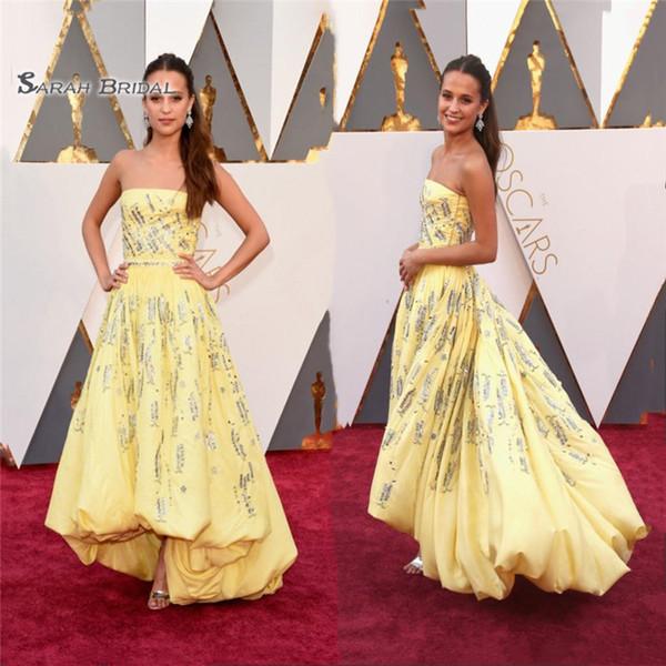 Vestidos de celebridades Amarelo Strapless High Low Tafetá com Miçangas Lantejoulas Uma Linha Red Carpet Vestidos Vestidos De Novia