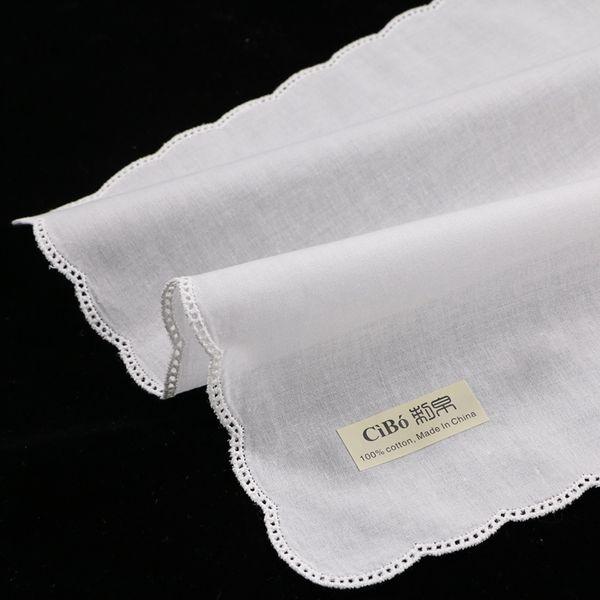 C004: 12 piezas de algodón blanco Picot Lace Pañuelo con borde festoneado Mujeres / damas Pañuelo de boda T8190617