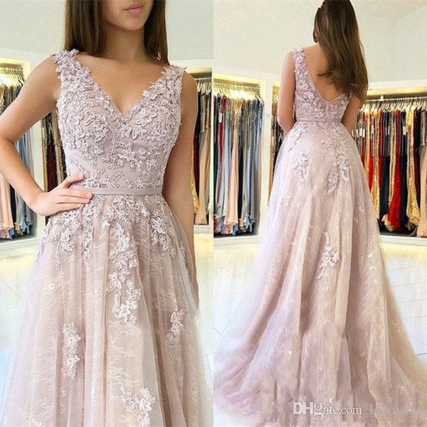 Lace Prom Dresses Long A Line V Neck Appliques Tulle Formal Evening Gowns Sweet 16 Dress Women Cocktail Ball Party Gown with Ribbon