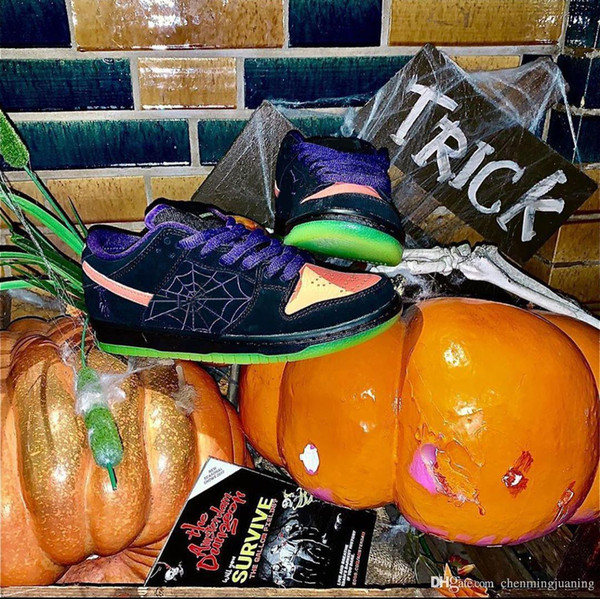 2019 New Authentic SB Dunk Low Night of Mischief Black Total Orange Court Purple Volt Halloween Running Shoes Men Sports Sneakers With Box