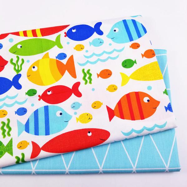 Impresso peixe colorido Crianças Sarja Algodão Tecido de Algodão Patchwork Pano, DIY Costura Quilting Fat Quarters Material Para BabyChild