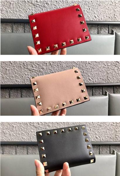 pacote de qualidade única Importado de couro genuíno pequeno e requintado rebite elemento bolsa O saco de cartão da carteira