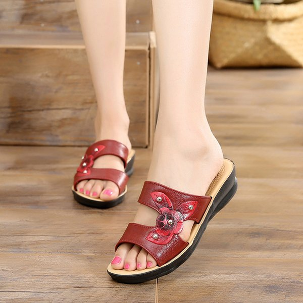 Zapatos de verano de mujer 2019 Nueva moda para mujer Sandalias de cuero Flor Zapatillas de cuña Gladiador romano Plataforma Dedos abiertos Sandalias