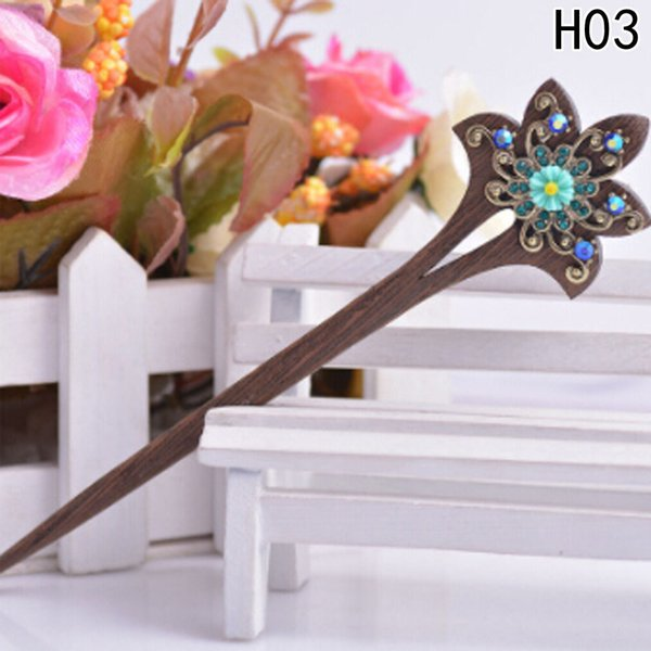 Hot Sale Fashion Chinese Traditional Womens Wooden Beads Clasps Hairpin Classical Lady Hair Stick C19010501