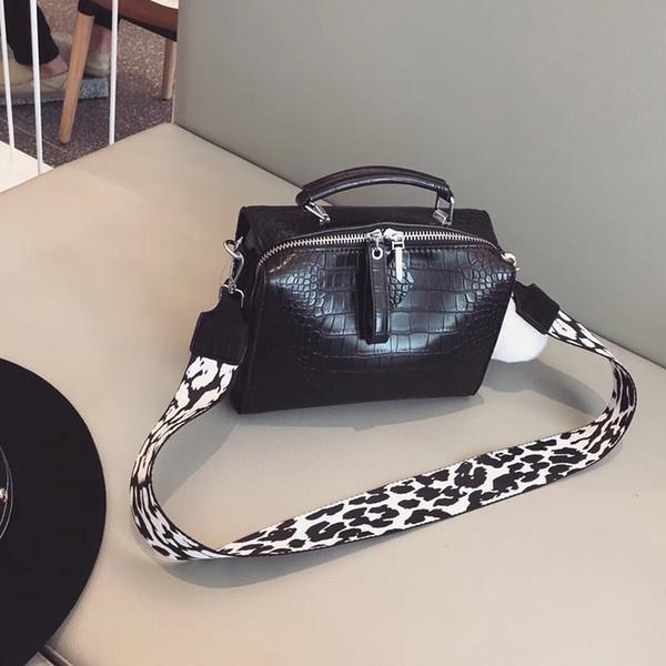 Pink sugao designer women shoulder handbag luxury leather crossbody handbags pillow fashion handbags large capacity famous brand bag 3 color