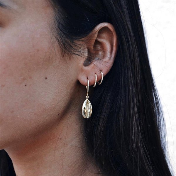 4PCS Bohemia Gold Color Shell Hoop Earrings For Women Girl European Unique Hollow Conch Pendant Circle Earrings Jewelry E374