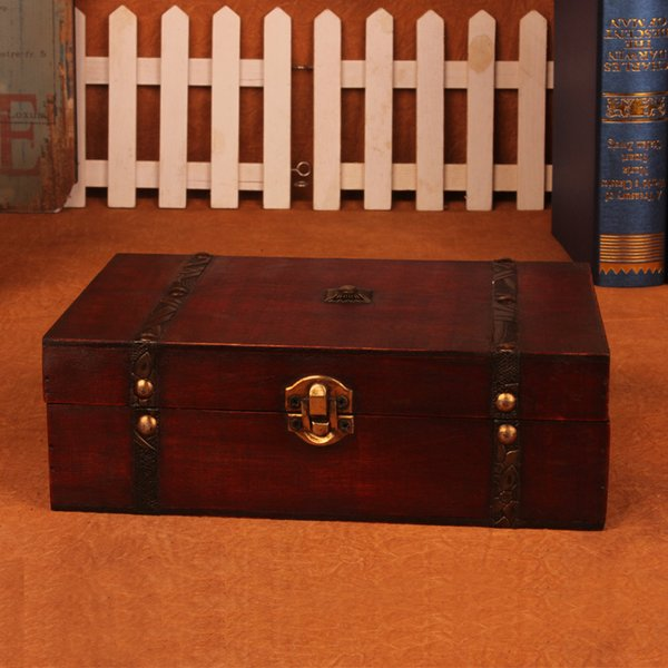 Stylish Vintage Wooden Box Wooden box with Lock Jewelry Treasure Chest Case Organizer Manual Wood Box Desktop Storage
