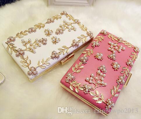 Fábrica de vendas de alta qualidade de diamantes de diamante saco de mão de couro cadeia mulher saco de jantar e saco de mão larga Diamond Pearl vestido de noiva.