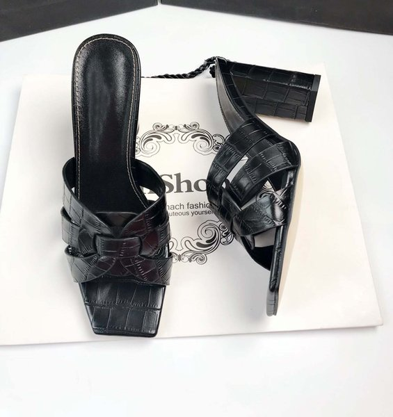 Siyah 9cm topuklar
