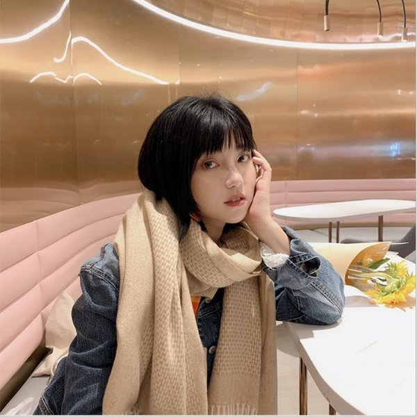 Nouveau chiné classique en cachemire Écharpe en laine pour l'hiver Femmes Glands Polyvalent Épaissie Wrap chaud