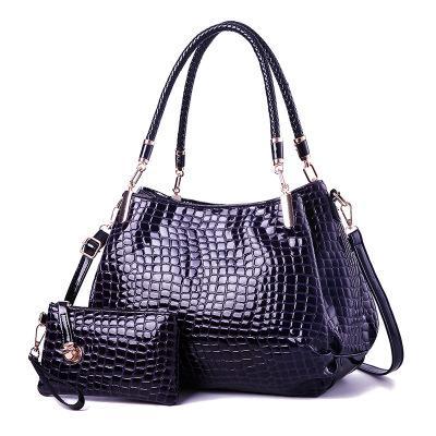New hot sale crocodile pattern patent leather female bag mother bag shoulder slung mobile mother bag bright leather handbag