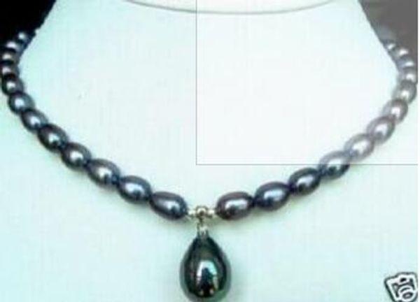 7-9mm noir perle Akoya Collier avec pendentif en perle Shell 18