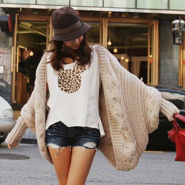Fashion-New Fashion Women Casual Korea Loose Shawl Batwing Sleeves Lady Knit Sweater Coat Woolen Women Cardigans Jacket FS5680