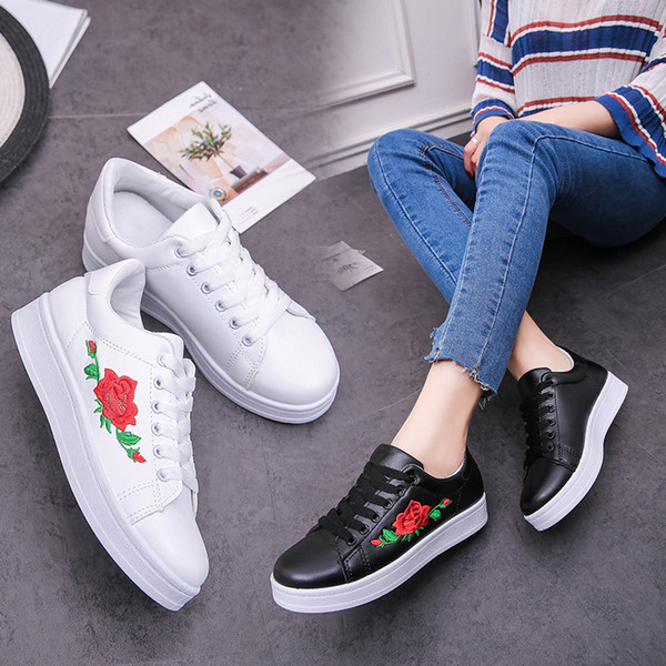2019 damas zapatos planos de primavera y otoño señoras zapatillas de deporte zapatos moda flores bordado cómodos zapatos para mujer casual