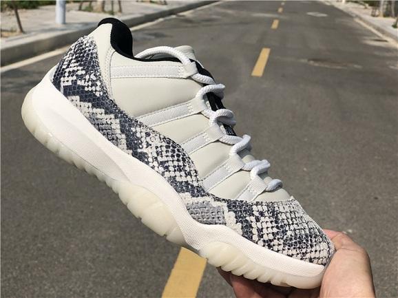 2019 Hot 11 Low Snake Light Bone Snakeskin White Black Smoke Grey XI 11S Men Basketball Shoes Sports Sneakers CD6846-002 With Box size7~13