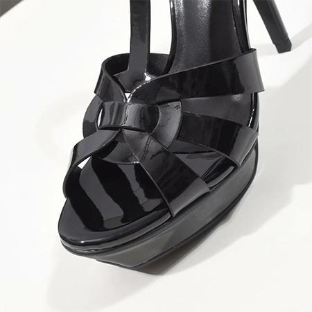 _ براءة اختراع جلدية - أسود