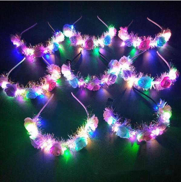 Clignotant LED Bandeaux Glowing Fleur Couronne Bandeaux Lumière Rave Party Floral Bandeaux lumineux décoratif New Girl couronne serre-tête TL1197