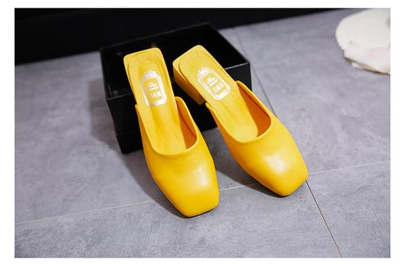 2019 nouvelles pantoufles pour femmes version sud-coréenne d'épaisseur avec des sandales à tête carrée, antidérapantes, vêtements simples, élégantes