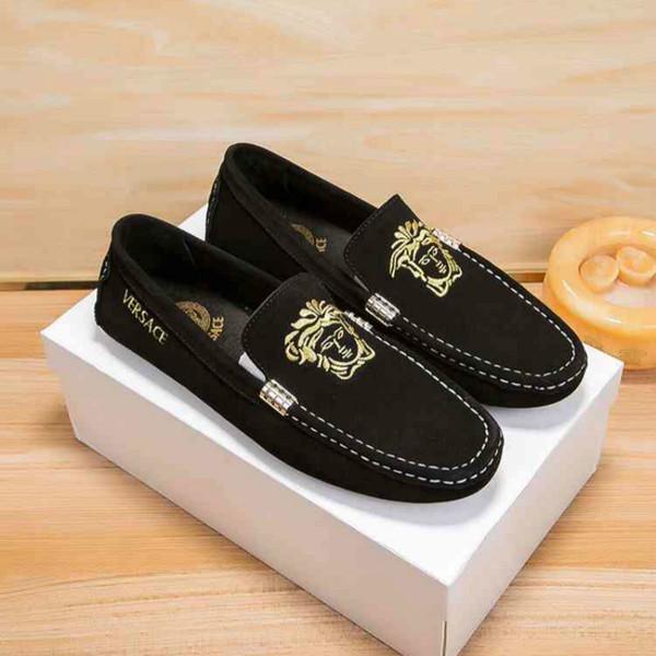 Tasarımcı high-end kalite sıcak deri erkek ayakkabı Avrupa istasyonu 35-40 rahat el yapımı ayakkabı fabrika doğrudan satış