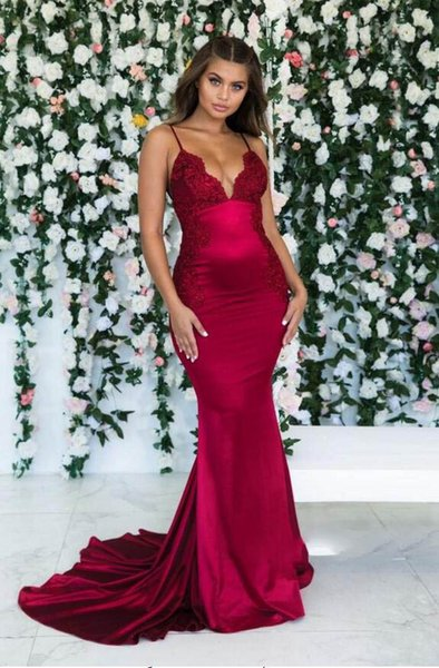 Chic Burgundy Mermaid Spaghetti Strap Sweep Train Evening Dress Prom Dresses Sexy Lace Applique Elegant Evening Dress