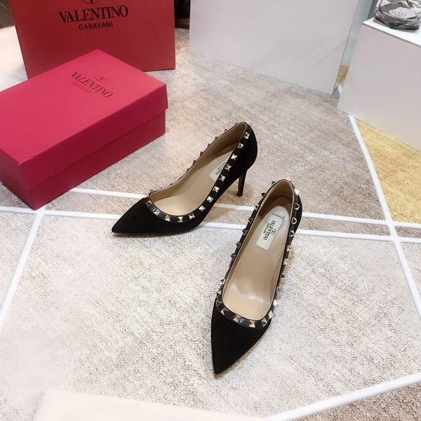 Diseñador de calidad mujeres tacón de alto lujo zapatos casuales fiesta de moda Marca remaches sexy zapatos puntiagudos zapatos de baile de boda correas dobles sandalia