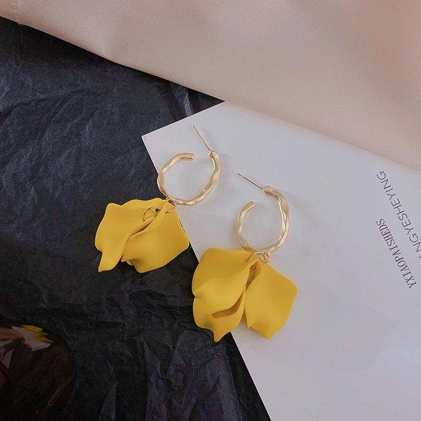 petali gialli