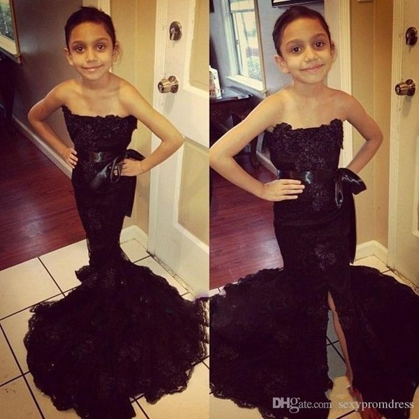 Black Lace Strapless Girls Pageant Dresses With Ribbon Sashes Mermaid Front Split Flower Girl Dresses For Wedding African Kids Formal Wear