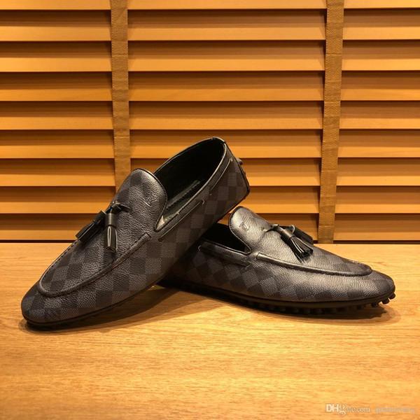 Neu! Plus Size 45 Designer echtes Leder-Männer Loafers bequeme Sommerfreizeitschuhe Luxuxmann Driving Schuhe Trampel Heel Mocassins