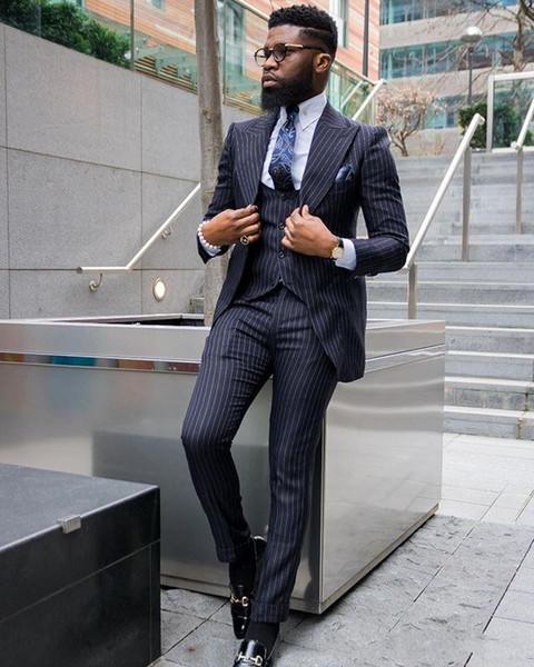 Yeni Düğün Smokin Custom Made Peaked Yaka Erkek Örgün Düğünler Iş Erkek Resmi Çalışma Takım Elbise Suits (Ceket + Pantolon + Yelek)