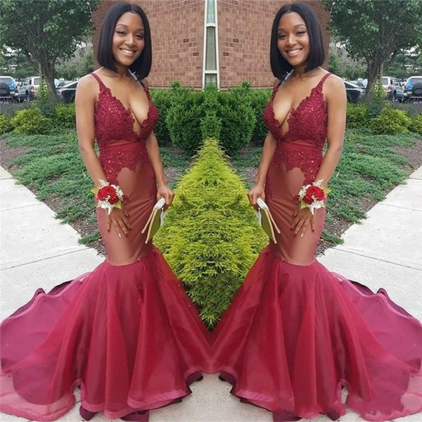Sexy Deep V-Neck Black Girl Mermaid Prom Dresses Sleeveless Applique African Fitted Pageant Gowns Evening Special Occasion robe de soirée