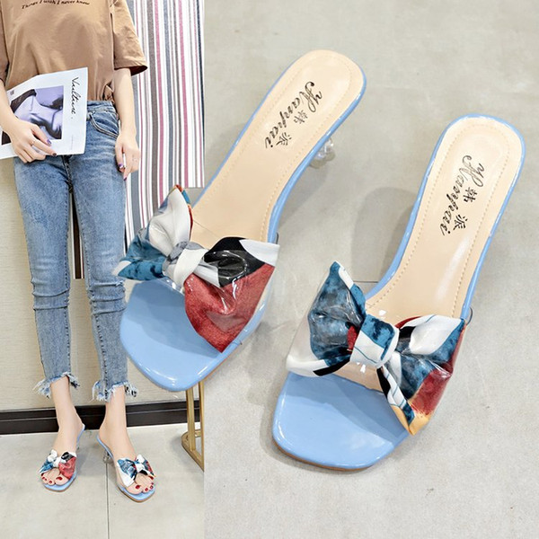 2019 New Sandals Korean Transparent High-heeled Slippers Female Summer Crystal Floral Bow Flip-flops Wine Glass Heel Candy Shoe