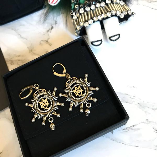 19ss MAQ Reine Designer De Luxe Lettre Boucles D'oreilles Orecchini Designer Oreille Manchette Clip Sur Diamant Boucles D'oreilles Cadeau De La Mère