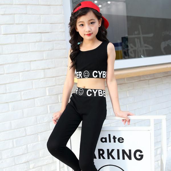 Genç Kızlar Yaz Setleri Siyah Mektup Kolsuz Tank Top Yelek Gym + Legging Çocuklar Çocuklar Için 2 adet Spor Takım Elbise dans Giymek