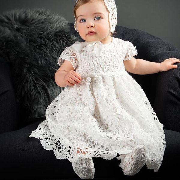 5ef1353b4 Vestido de bebé de manga corta con encaje blanco de DMfgd Bautizo   Bautismo  con gorro
