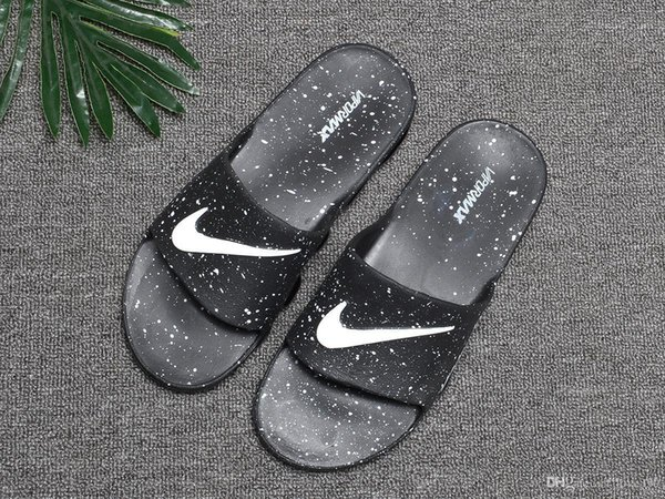 With Fashion Slippers Sandals Slides Black Free Shipping Men Basketball Shoes Casual Shoes Outdoor Sneakers Designer Slides Size 40-45
