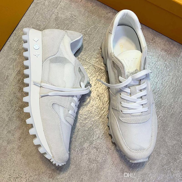 Moda Erkek Ayakkabı Lüks Runner Sneaker Spor Nefes Chaussures Kutu Dantel-up Erkekler Ayakkabı Casual Luxury Drop Shipping ile pour hommes