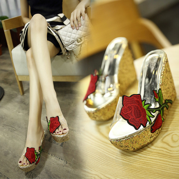 European and American fashion wedge slippers 2019 new transparent high-heel platform sandals and slippers elegant sexy flip flop