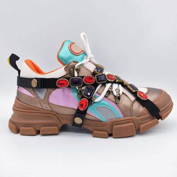Marca de lujo zapatillas de deporte Zapatos de escalada de montaña Zapatos casuales Zapatilla de deporte extraíble Cristales extraíbles Hombres Mujeres Botas de montaña para caminatas al aire libre