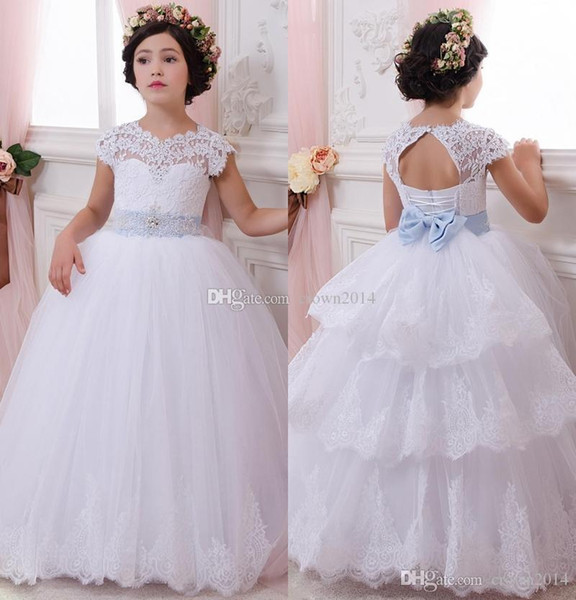 White Layered Flower Girl Dresses Baby Birthday Gifts Appliques Kids Beaded Jewel Neck Cap Sleeve Formal Wedding Party Gown Pageant Dress